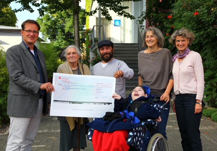 Spendenübergabe Heilhaus2013